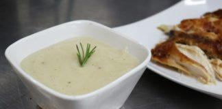 Thanksgiving gravy recipe video final product