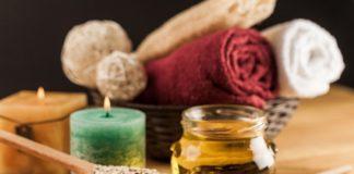DIY Relaxing Oatmeal Honey Face Mask Recipe