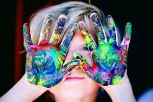 minimalist parenting embracing creativity of kids