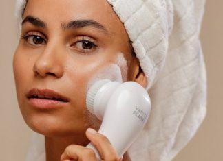 facial cleansing brush